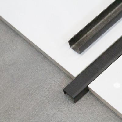 LISTWA STALOWA - NIERDZEWNA OZDOBNA typu C CZARNA 15mm